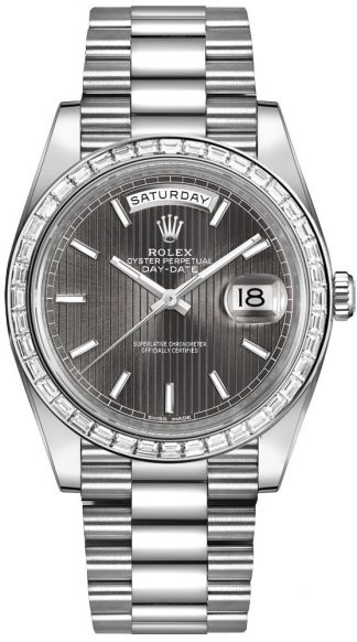 replique Montre Homme Rolex Day-Date 40 Diamond Bezel 228396TBR