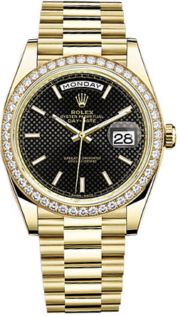 replique Montre Rolex Day-Date 40 cadran noir pour homme en or 228348RBR