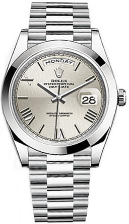 replique Montre Rolex Day-Date 40 en argent avec chiffres romains et platine 228206