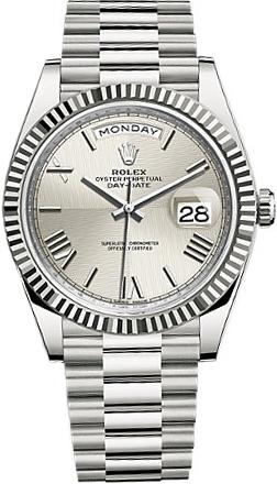 replique Montre Rolex Day-Date 40 pour homme en or blanc massif 18 carats 228239