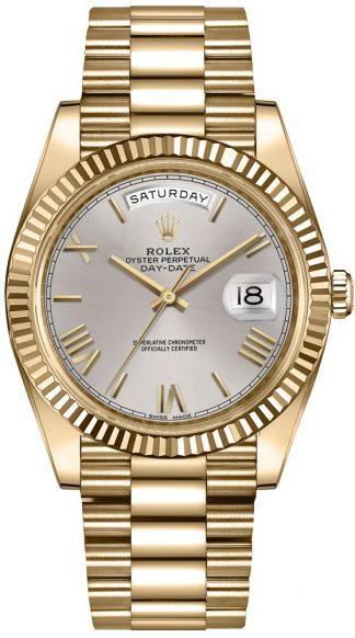 replique Montre-bracelet Rolex Day-Date 40 en or massif 228238
