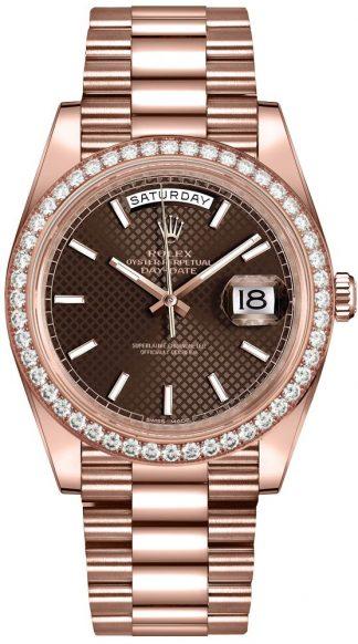 replique Montre homme Rolex Day-Date 40 Everose en or 18 carats 228345RBR