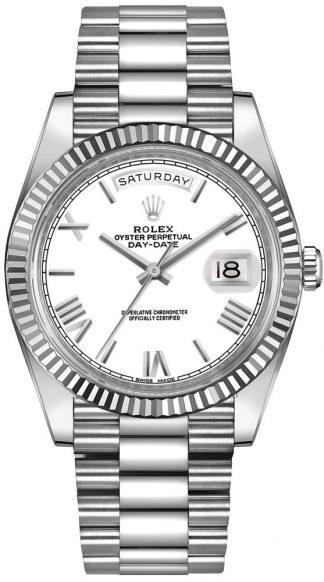 replique Montre homme Rolex Day-Date 40 en or blanc 18 carats 228239