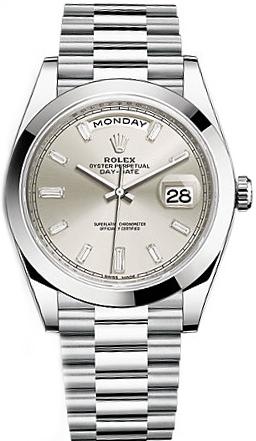 replique Rolex Day-Date 40 cadran argenté platine montre 228206