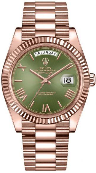replique Rolex Day-Date 40 cadran vert montre en or rose 228235