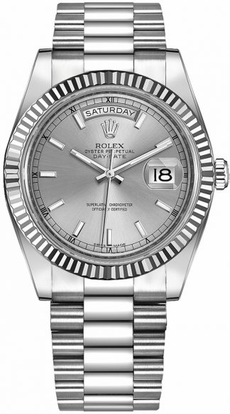 replique Rolex Day-Date 41 cadran argenté montre en or blanc 218239